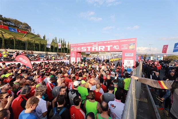 istanbul-maratonu-ndan-tum-dunyaya-iyilik-mesaji-644994-1.